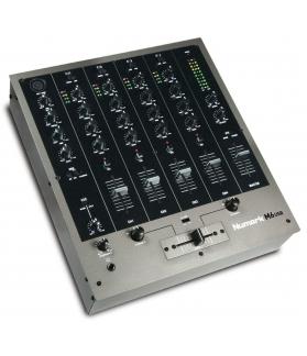 Mixer para DJ Numark M6USBX110